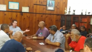 Sintapi-CUT de Santos participou da reunião dos portuário que decidiu pela adesão à greve geral