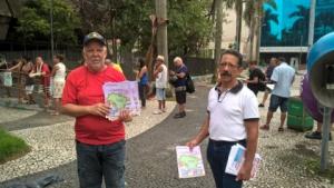 O Sintapi-CUT Santos alertando a população contra o perigo da reforma da Previdência