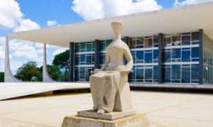 Ministros do STF defendem PEC da bengala para todo funcionalismo